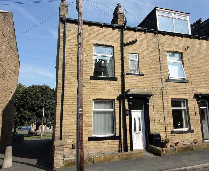 3 Bedrooms Terraced House for sale in Tennyson Street, Lee Mount, Halifax