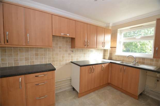 3 Bedrooms Flat for sale in Moorlands Avenue, Mill Hill, London