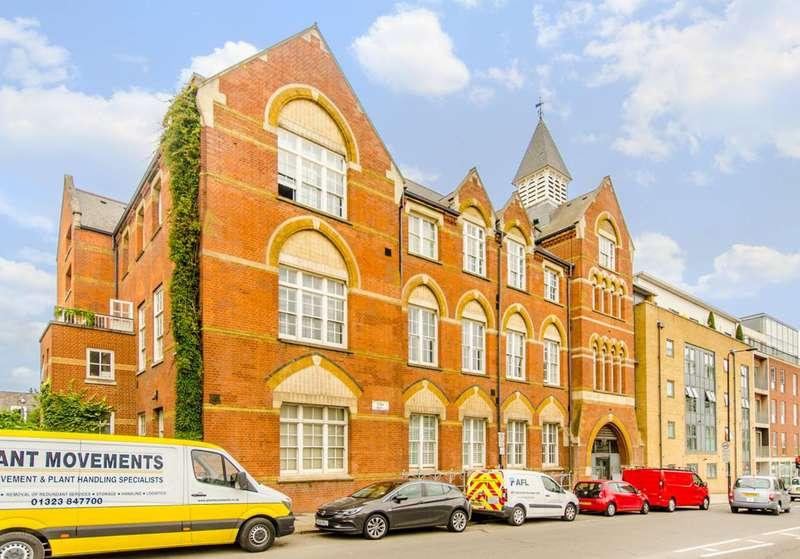2 Bedrooms Flat for sale in York Way, King's Cross, N1