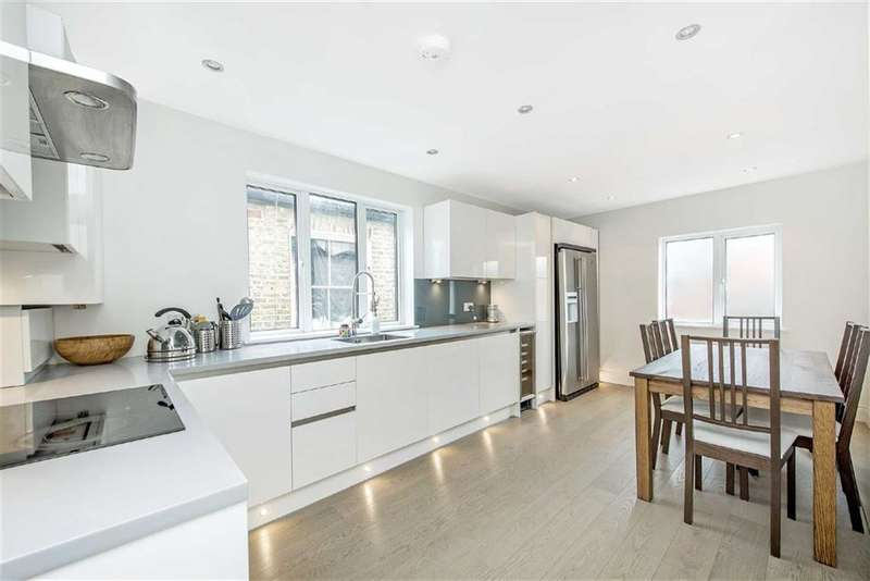 3 Bedrooms Flat for sale in Stephendale Road, Fulham, London, SW6