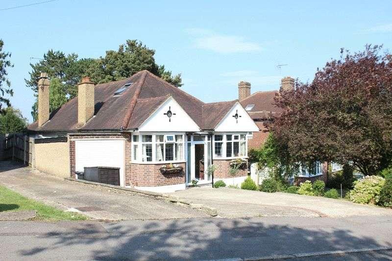 4 Bedrooms Detached House for sale in The Windings, Sanderstead, Surrey