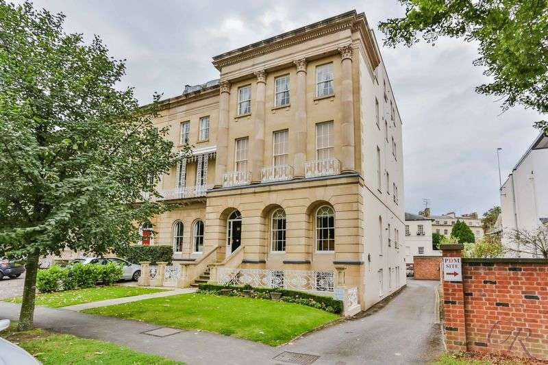 1 Bedroom Flat for sale in Montpellier, Cheltenham