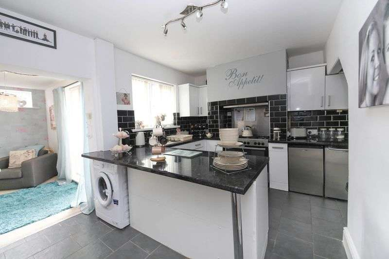 2 Bedrooms Terraced House for sale in Westminster Street, Newtown, Wigan