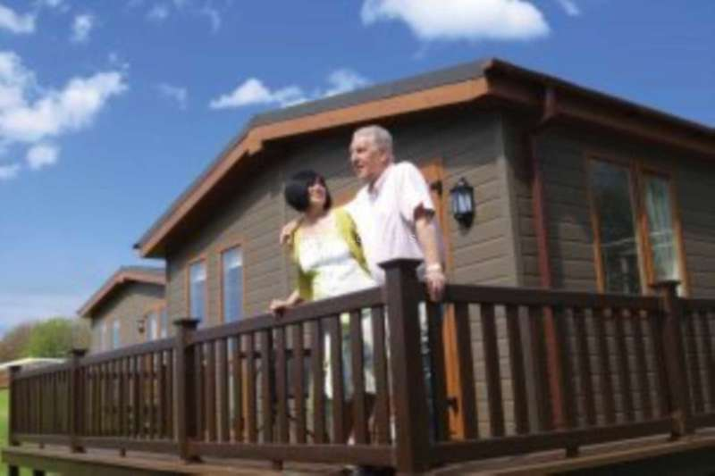 2 Bedrooms Lodge Character Property for sale in Riviera Bay Holiday Park, Mudstone Lane, Brixham
