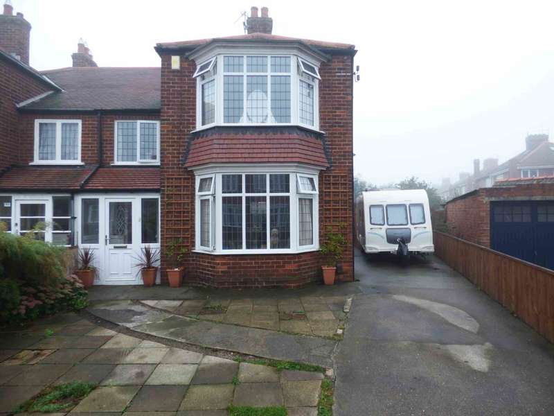 3 Bedrooms Semi Detached House for sale in Oak Road, Redcar