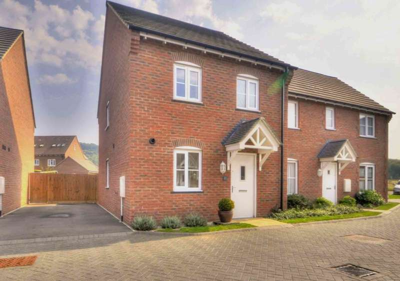 3 Bedrooms Semi Detached House for sale in Chalkpit Lane, Chinnor