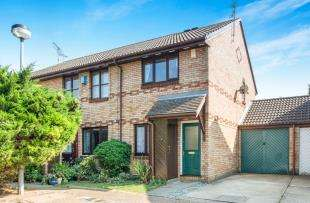 2 Bedrooms Terraced House for sale in Farley Road, Gravesend, Kent, Gravesend