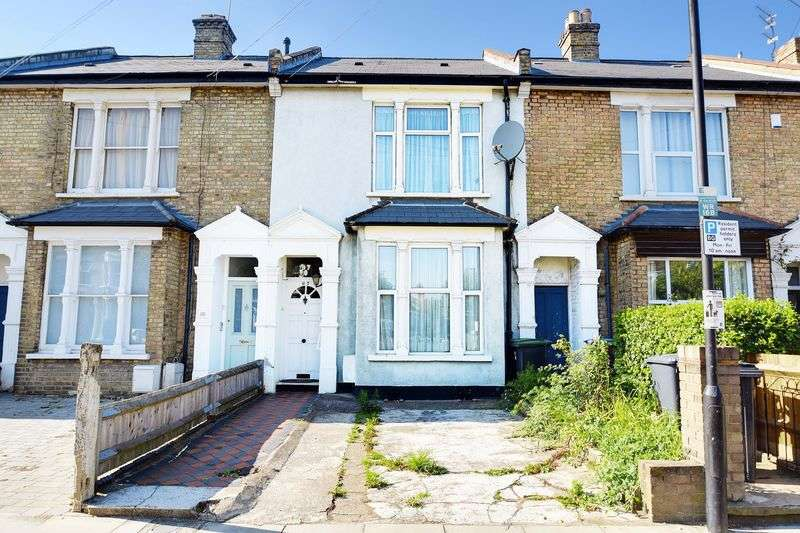 3 Bedrooms Terraced House for sale in Whittington Road, Bowes Park, N22