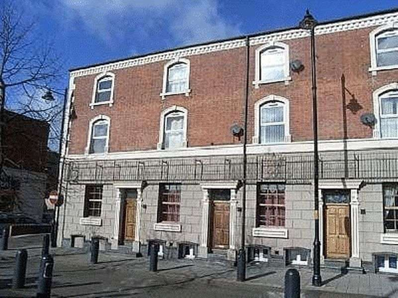 1 Bedroom Flat for sale in The Carriages, Little Station Street, Walsall