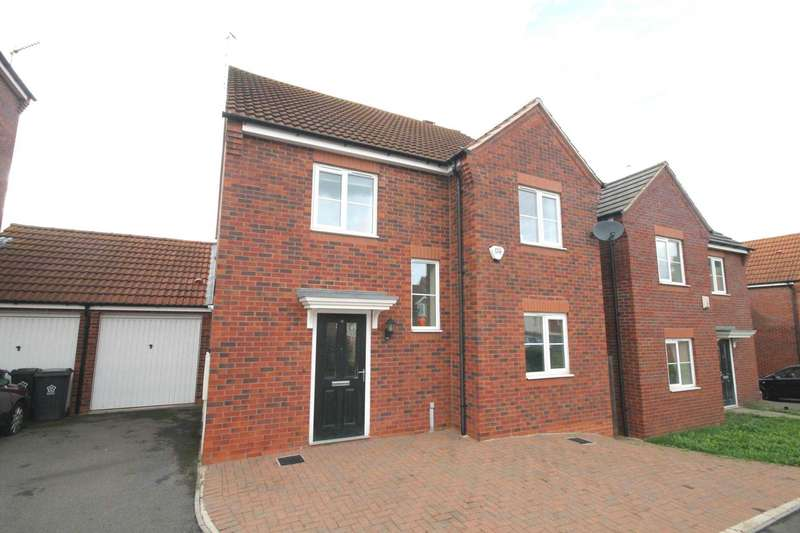 4 Bedrooms Detached House for sale in Saxthorpe Road, Hamilton, Leicester