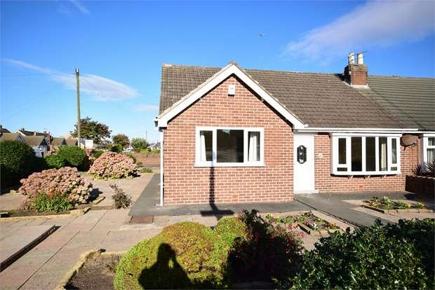 2 Bedrooms Semi Detached Bungalow for sale in Ramsgate Road, LYTHAM ST ANNES, Lancashire