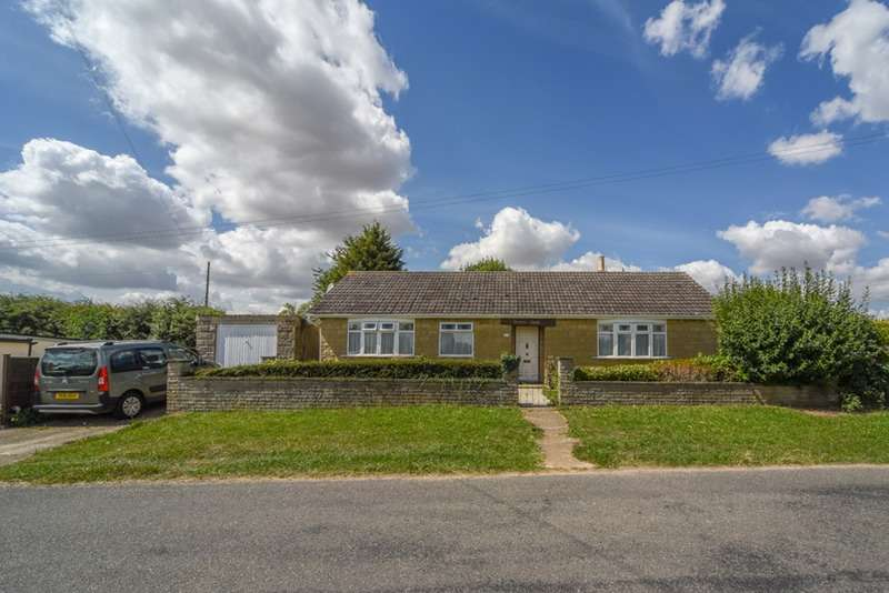 3 Bedrooms Bungalow for sale in Thistleton Lane, Grantham, Lincolnshire, NG33