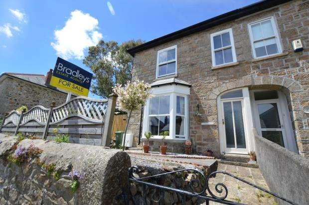 3 Bedrooms Semi Detached House for sale in Ivy Mount, Fore Street, Lelant, St Ives