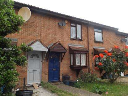 2 Bedrooms Terraced House for sale in Chadwell Heath, Romford