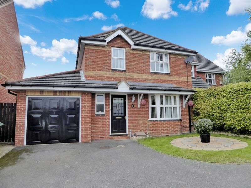 4 Bedrooms Detached House for sale in Millers Way, Dunstable