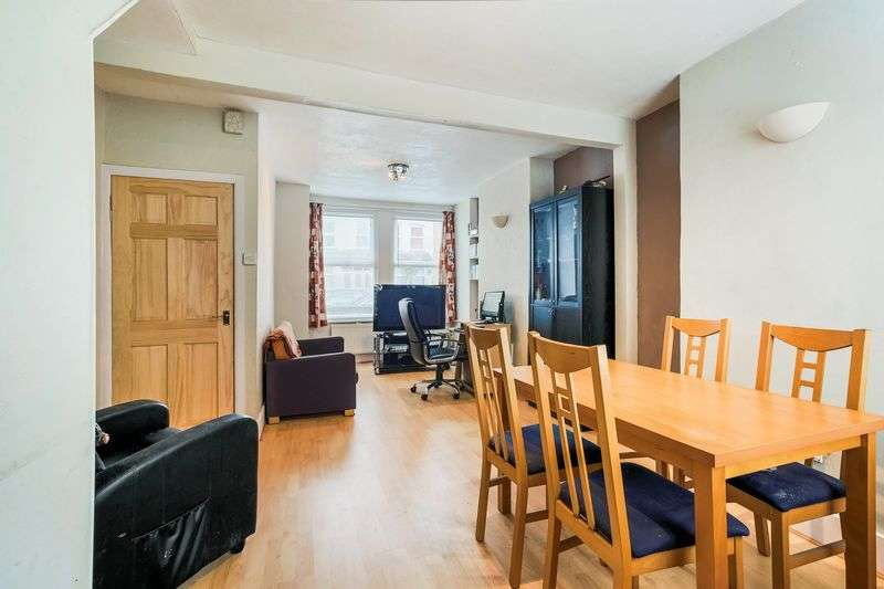 2 Bedrooms Terraced House for sale in Marian Road, London