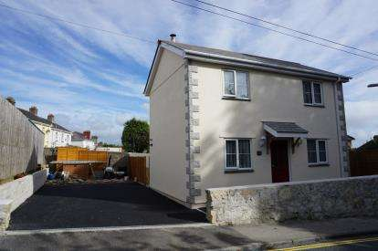 3 Bedrooms Detached House for sale in St Blazey, Par, Cornwall