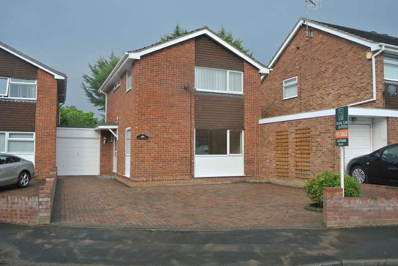 4 Bedrooms Detached House for sale in Digby Road, Evesham