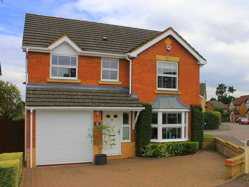 4 Bedrooms Detached House for sale in Poets Chase, Hemel Hempstead