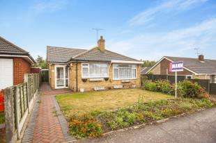 2 Bedrooms Bungalow for sale in Fairview Gardens, Sturry, Canterbury