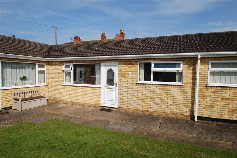 2 Bedrooms Bungalow for sale in Baythorpe Park, Skegness