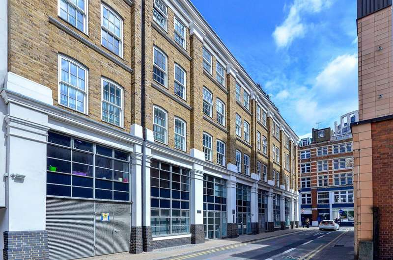 4 Bedrooms Flat for sale in Lever Street, Old Street, EC1V