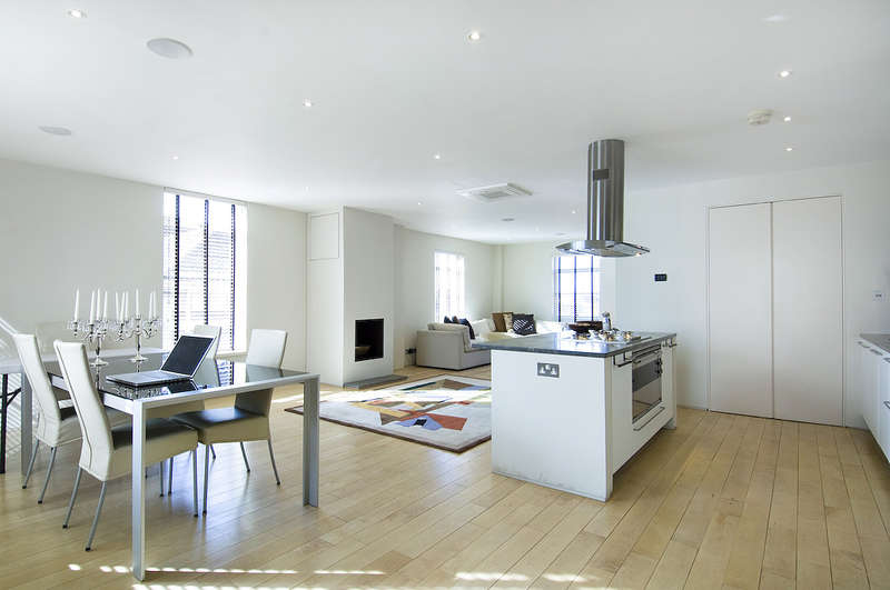 2 Bedrooms Flat for sale in Hall Road, St Johns Wood