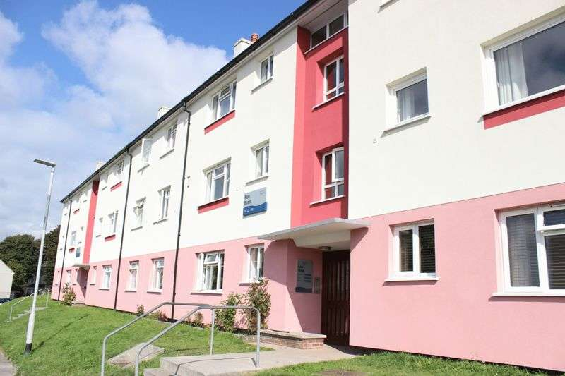 2 Bedrooms Flat for sale in Ross Street, Devonport, Plymouth