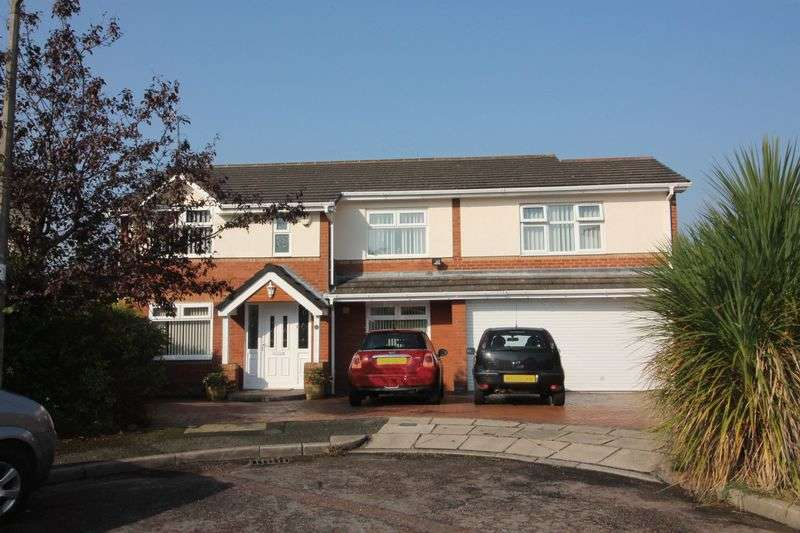 5 Bedrooms Detached House for sale in Utkinton Close, Prenton