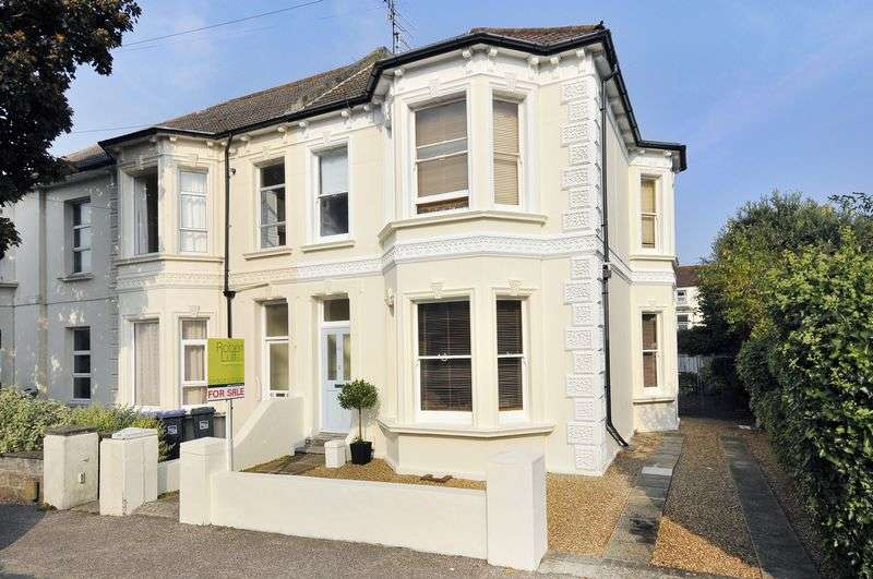 5 Bedrooms Semi Detached House for sale in Christchurch Road, Worthing