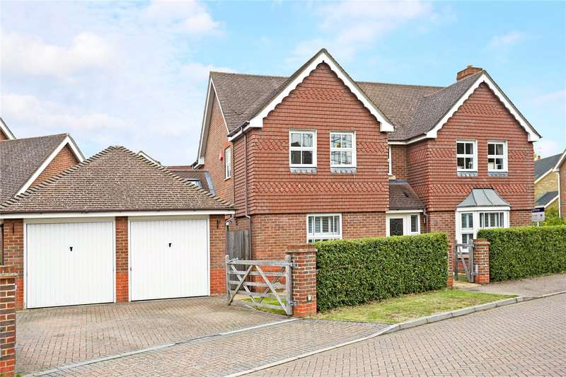 4 Bedrooms Detached House for sale in Lady Forsdyke Way, Epsom, Surrey, KT19