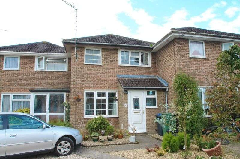 3 Bedrooms Terraced House for sale in Hallsfield, Cricklade, Wiltshire