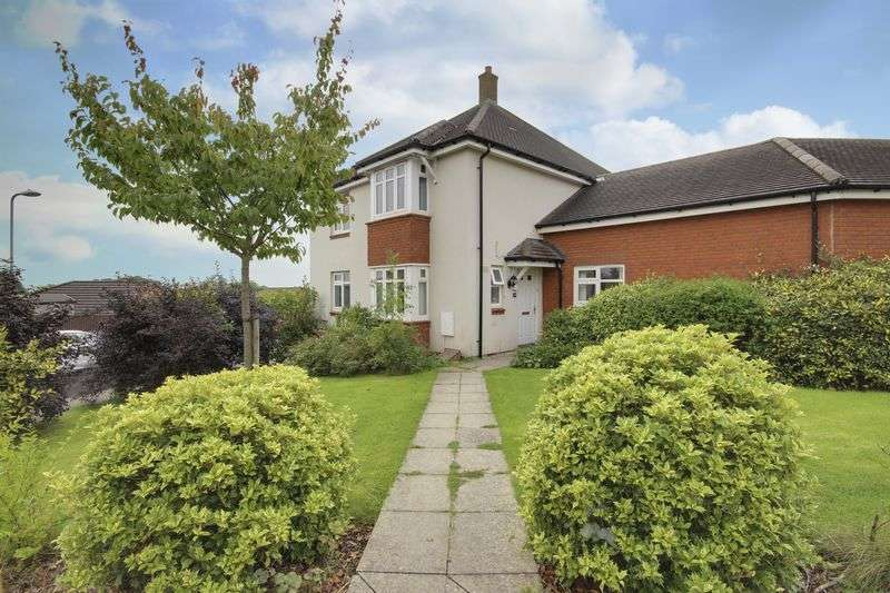 4 Bedrooms Semi Detached House for sale in Ridgeway Park Road, Newport