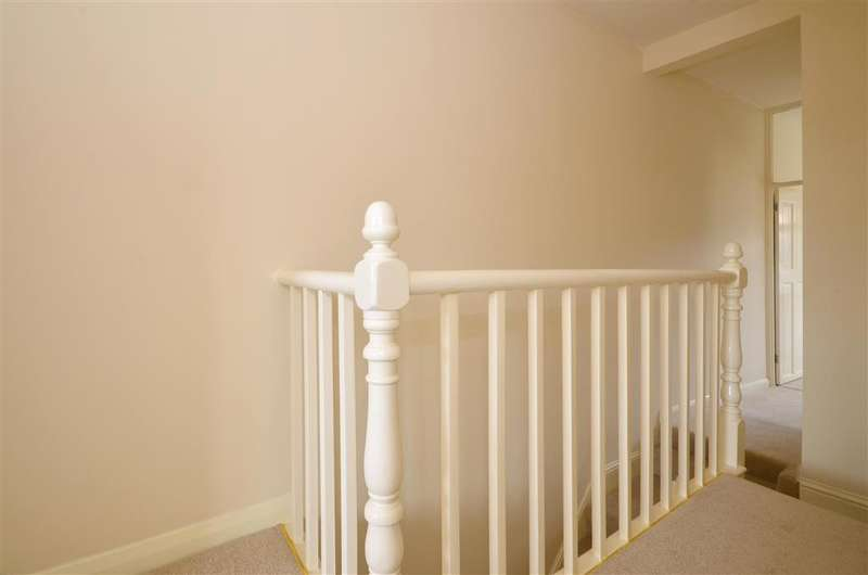 3 Bedrooms Terraced House for sale in Buckland Avenue, Dover, Kent