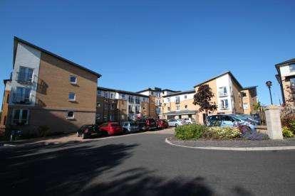 1 Bedroom Retirement Property for sale in Hilltree Court, 96 Fenwick Road, Giffnock, East Renfrewshire