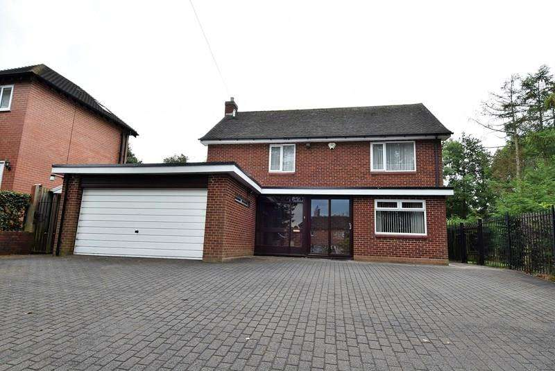 4 Bedrooms Detached House for sale in Cob Lane, Bournville, Birmingham