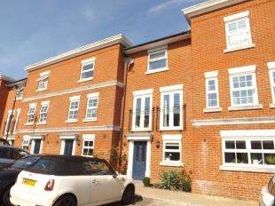 3 Bedrooms Terraced House for sale in Rowan Mews, Tonbridge