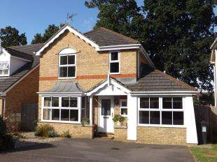 4 Bedrooms Detached House for sale in The Spinney, Tonbridge