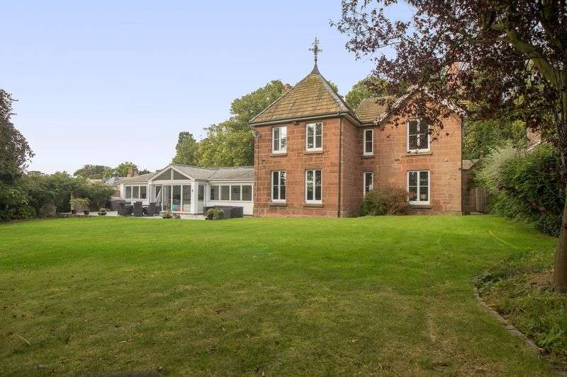 4 Bedrooms Detached House for sale in Puddington Lane, Puddington, Cheshire