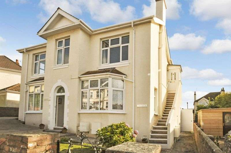 3 Bedrooms Flat for sale in Headland Park Road, Preston, Paignton
