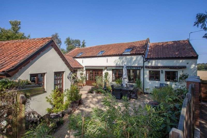 3 Bedrooms Cottage House for sale in Silfield near Wymondham