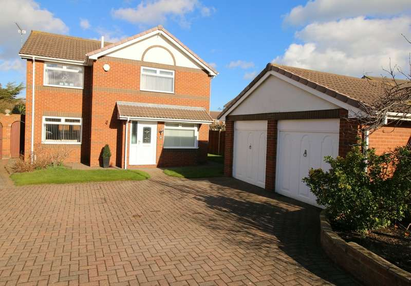 4 Bedrooms Detached House for sale in Cormorant Drive, Redcar, North Yorkshire, TS10