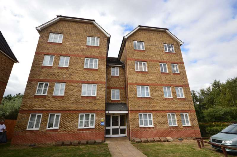 1 Bedroom Flat for sale in Woburn Close, Thamesmead