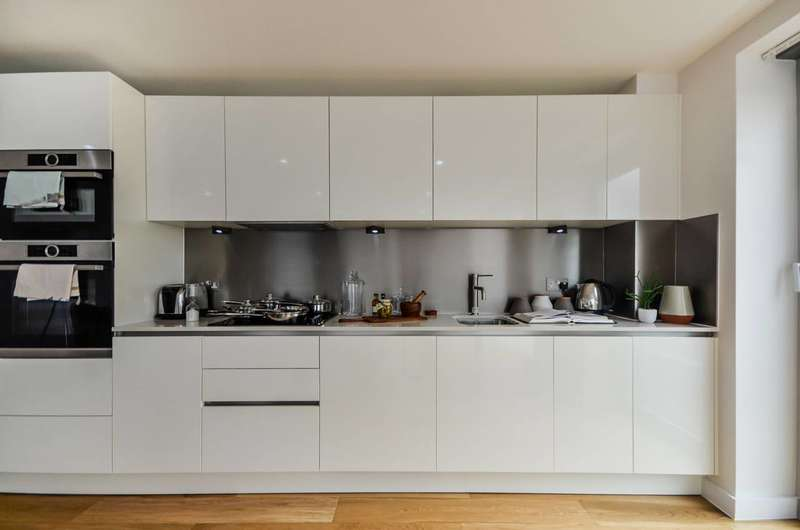 3 Bedrooms Penthouse Flat for sale in Theatro Tower, Greenwich, SE8