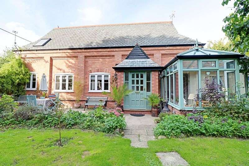3 Bedrooms Detached House for sale in Pilham, Gainsborough
