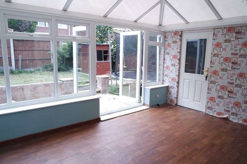 3 Bedrooms Semi Detached House for sale in Sulby Close, Forest Town, Mansfield