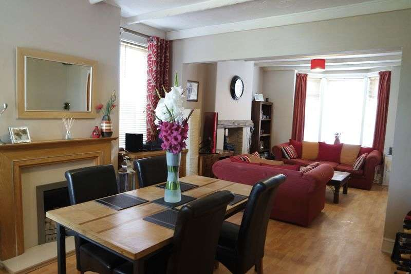 3 Bedrooms Semi Detached House for sale in Alfreton Road, Sutton-In-Ashfield