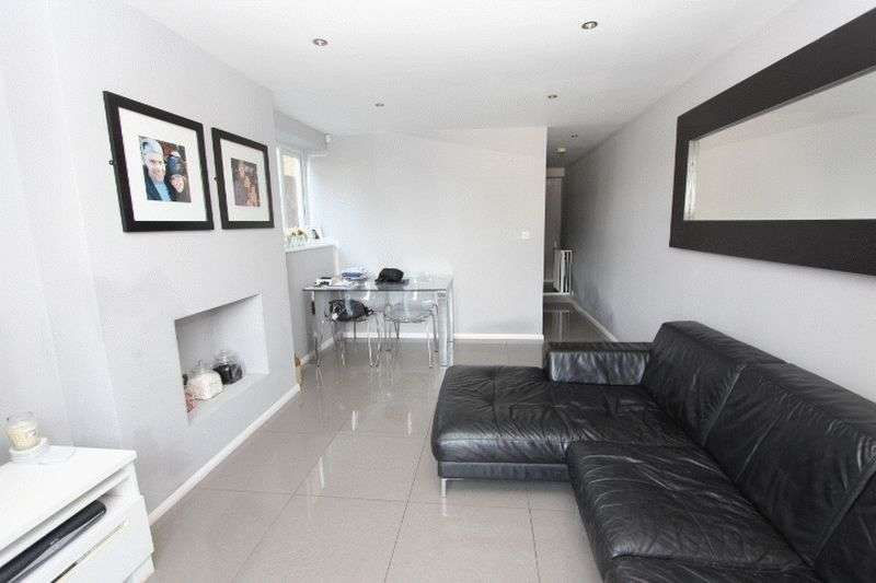 1 Bedroom Flat for sale in Bishops Place, Sutton