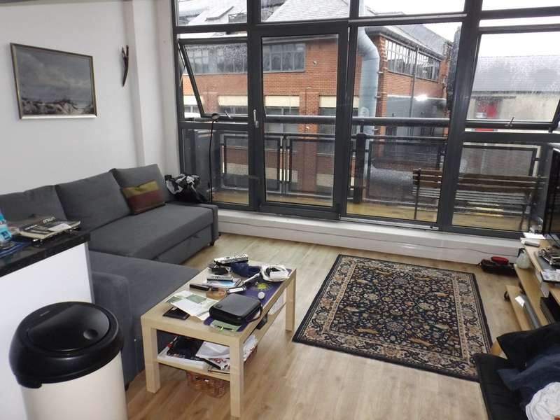 2 Bedrooms Apartment Flat for sale in Crusader House, Thurland Street