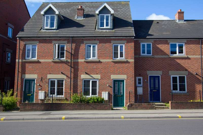 3 Bedrooms Terraced House for sale in Staniforth Road, Sheffield